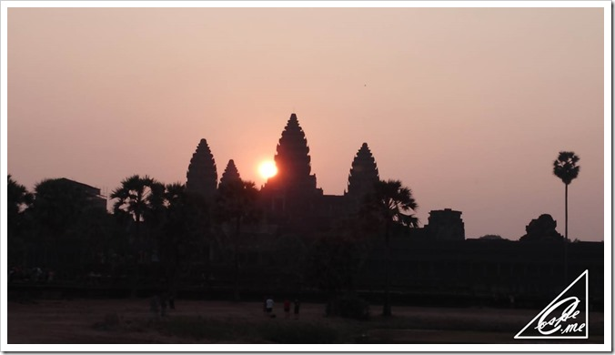 sunrise_angkorwat