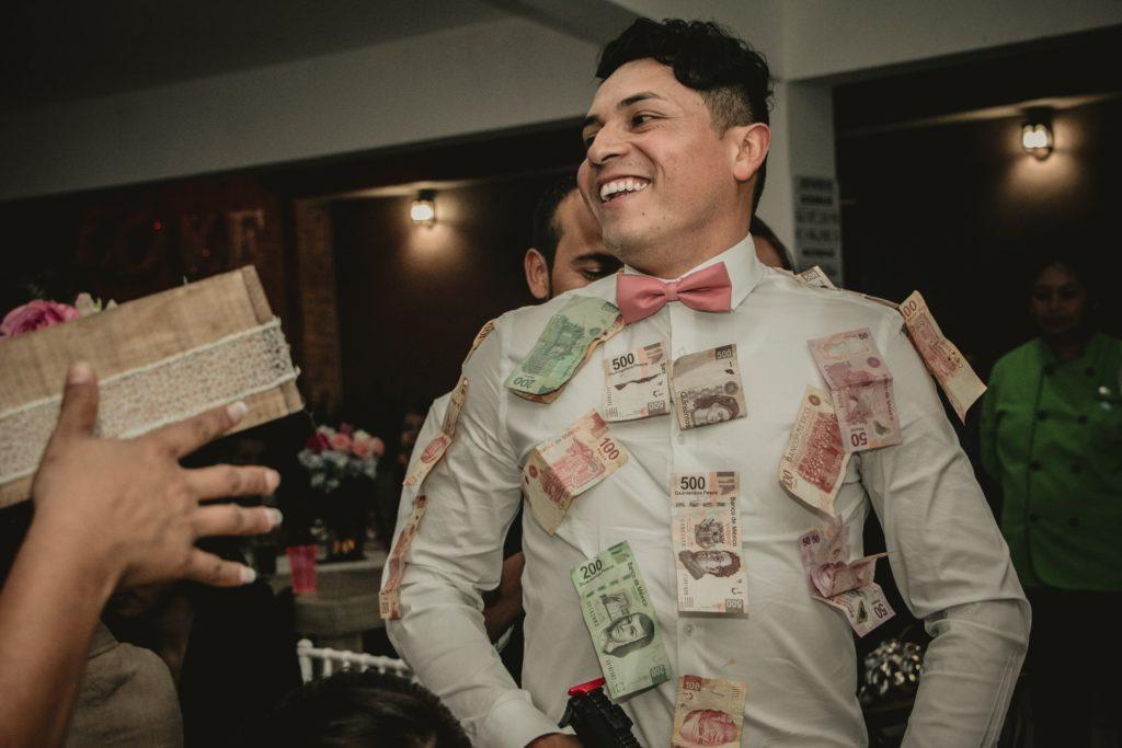 お金持ちになる前に身に着けろ!お金は徐々に増やさないと失敗する