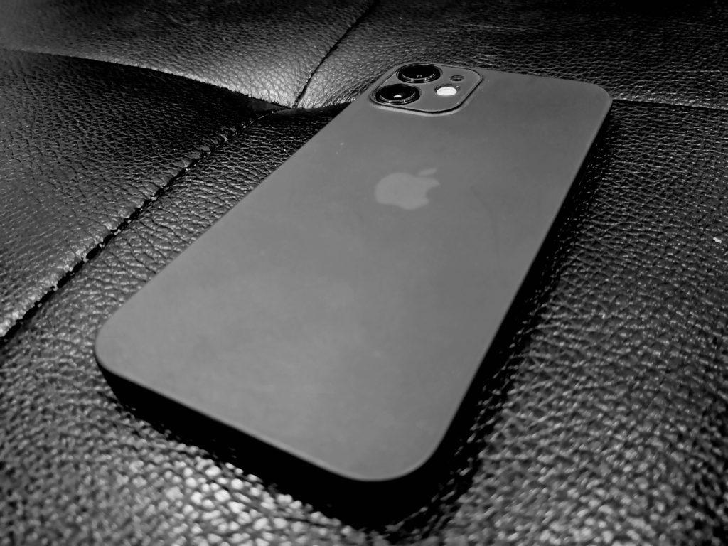【軽さ重視】iPhone12miniレビューと購入したおすすめ付属品