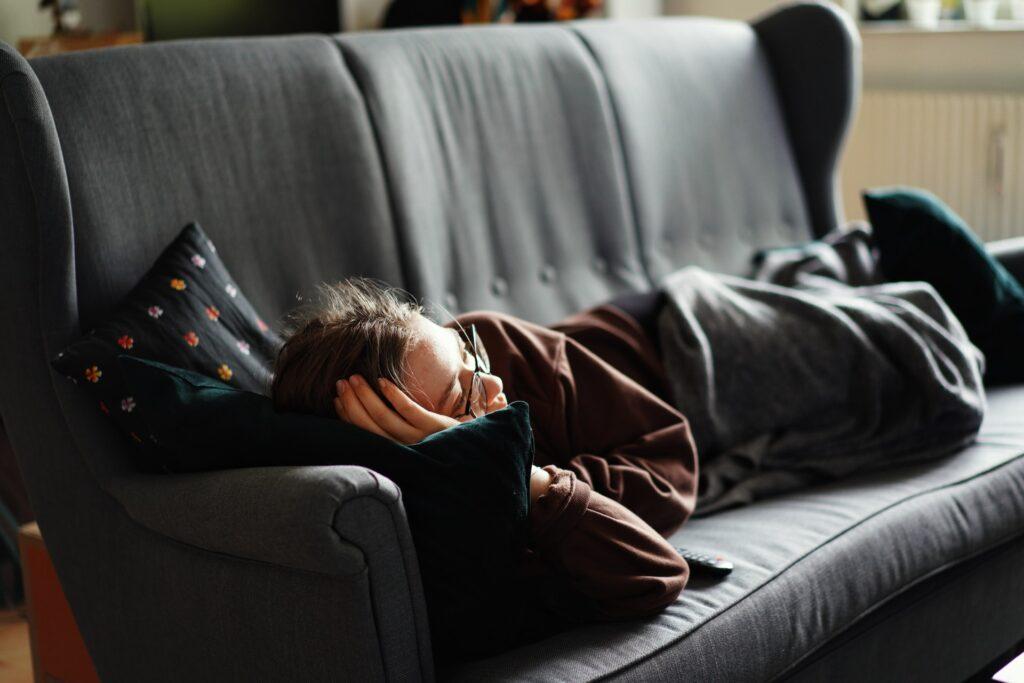 セルフネグレクトは若者でも鬱でなくても知らずに陥る