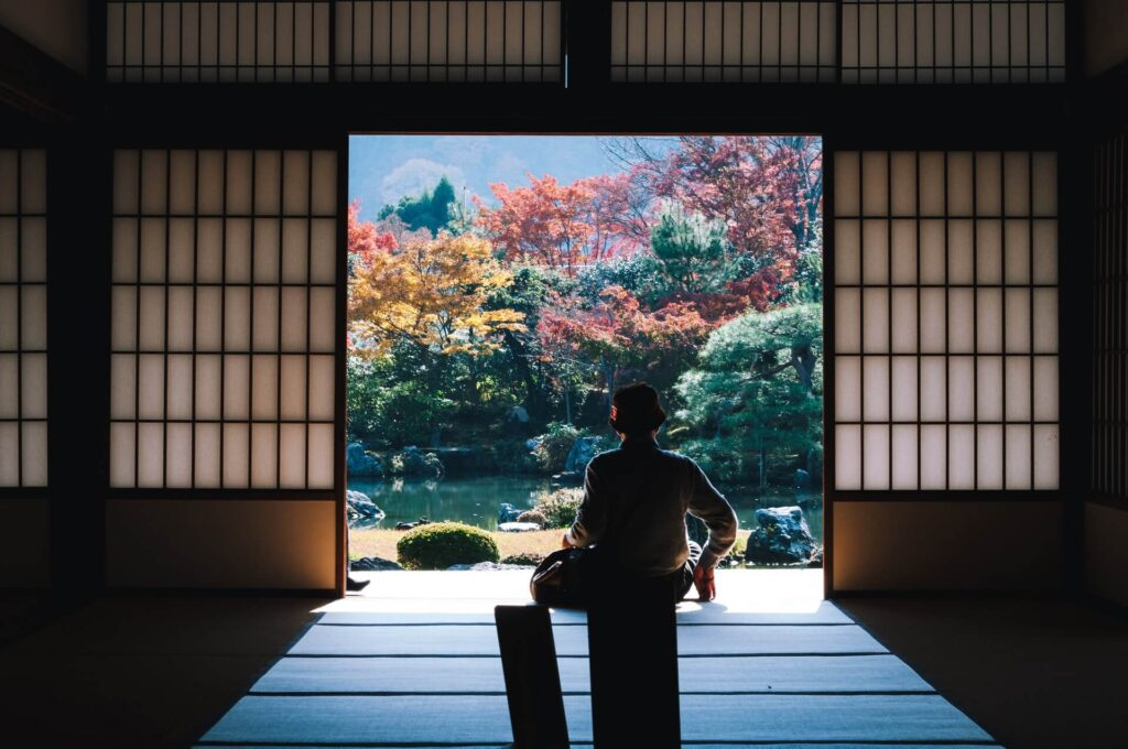 高齢者優位の日本で今後若い世代が起こすことができる革命